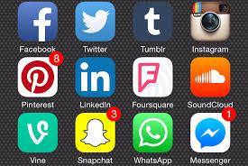 Deux Clés Essentielles pour Détecter la Mauvaise Information sur les RéseauxSociaux